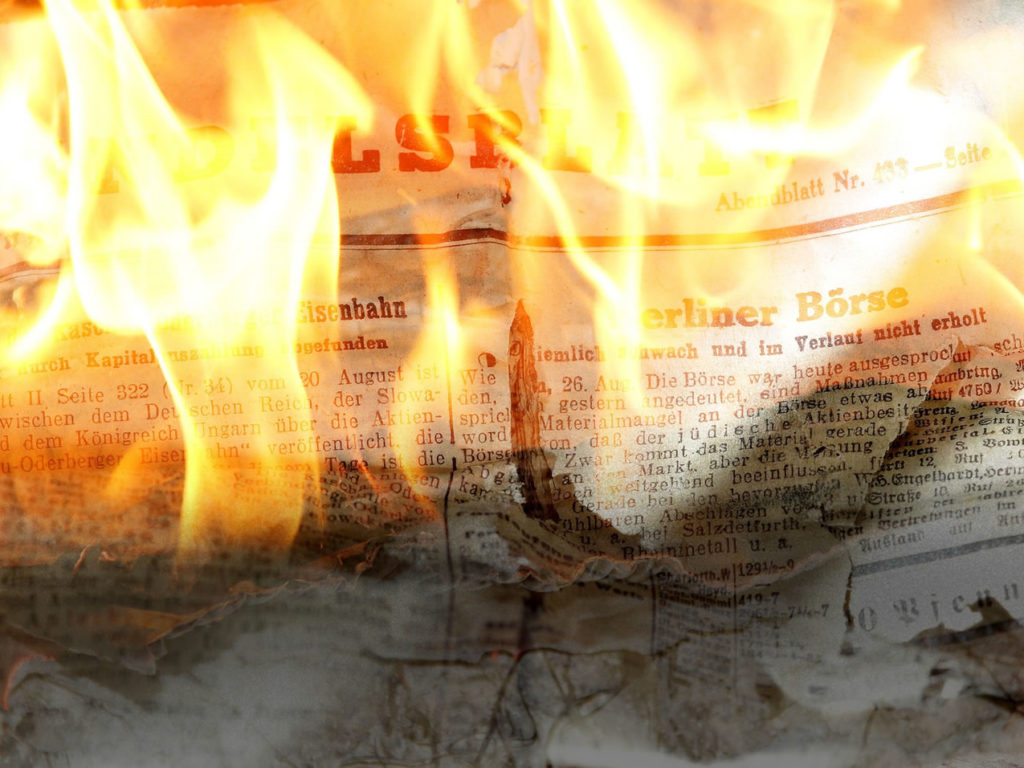 Newspaper fire / fake news