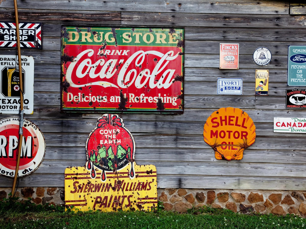 Advertising signs / branding